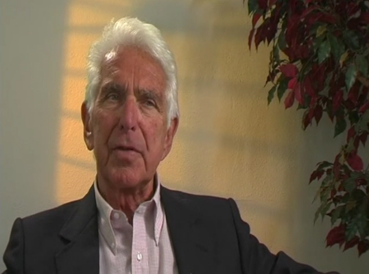 Warren Bennis on The est Training